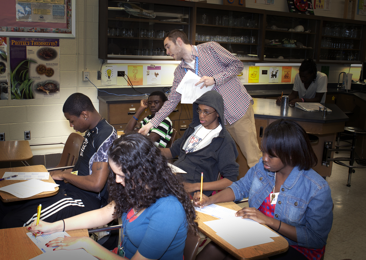 National uteach program expands to the university of maryland student teacher teaching class 1betcityfo Images