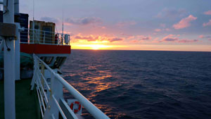 Sunset as viewed from the deck of the Polarstern. Image credit: S. Gassó (Click image to download hi-res version.)